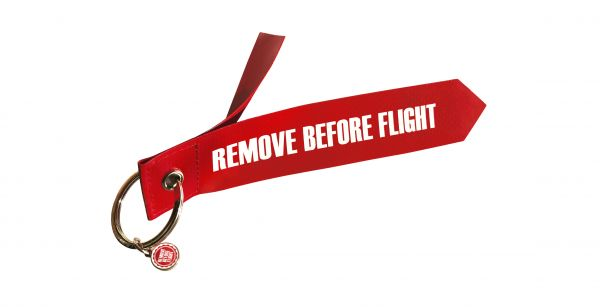 1 Anhänger - Originalmaterial - Remove Before Flight - Normal-Format