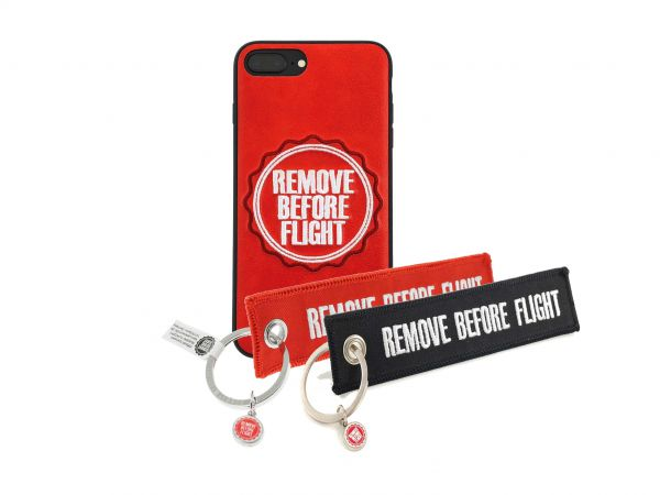 iPhone Hülle und 2 Anhänger - Remove Before Flight - Set